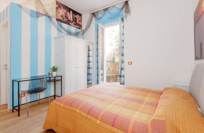 La Camera ARANCIO di Giulia  (011024-AFF-0055), casa vacanza a Manarola