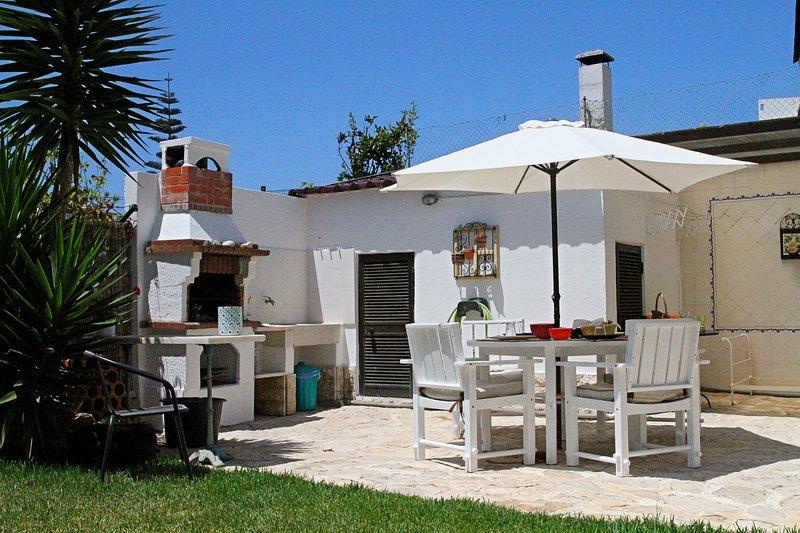 Beautiful house with sea view, casa vacanza a Encarnacao