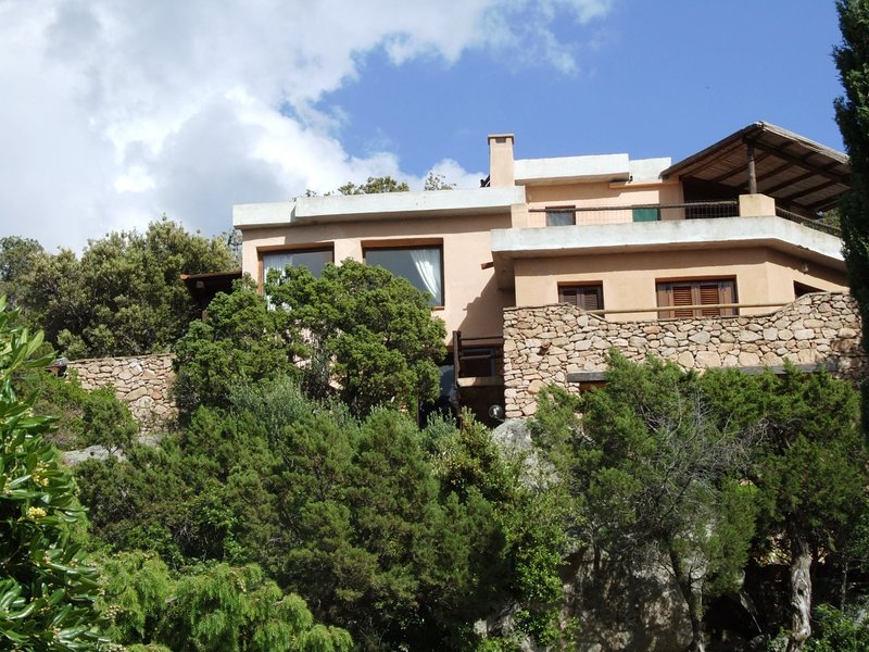 Villa  Vista, stunning sea view to Porto Rotondo, holiday rental in Rudalza
