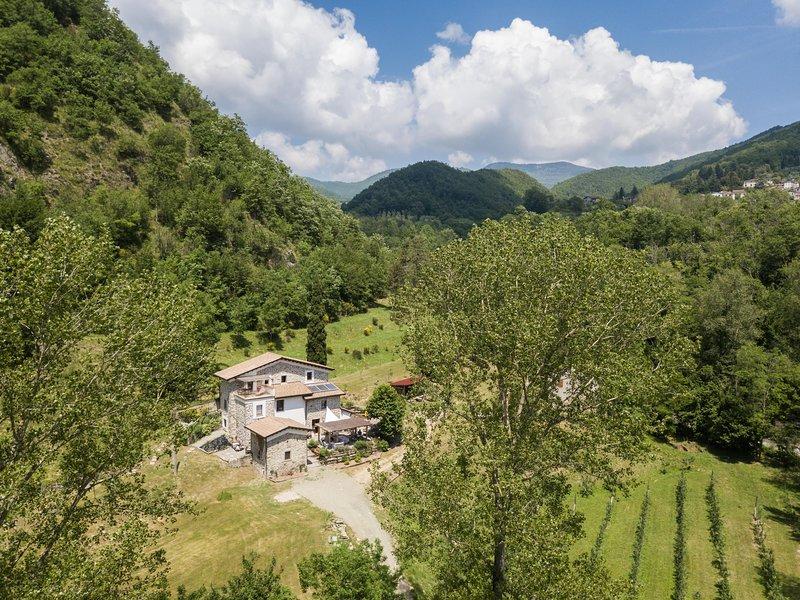 Rifugio di campagna nella collina toscana vicino 5 terre, alquiler vacacional en Comano