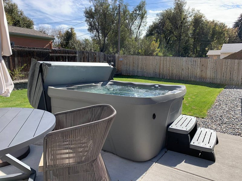 Enjoy the cool Colorado nights in the 4+ person hot tub!