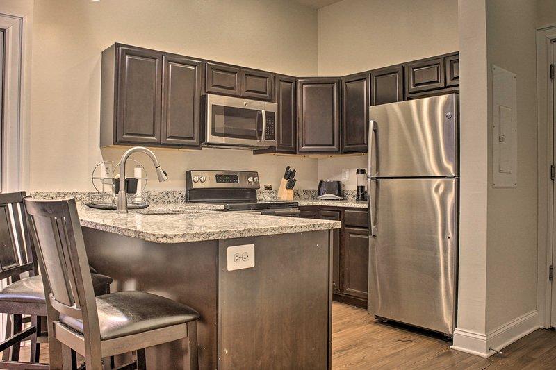 El apartamento completamente amueblado está equipado con todo lo que pueda necesitar.