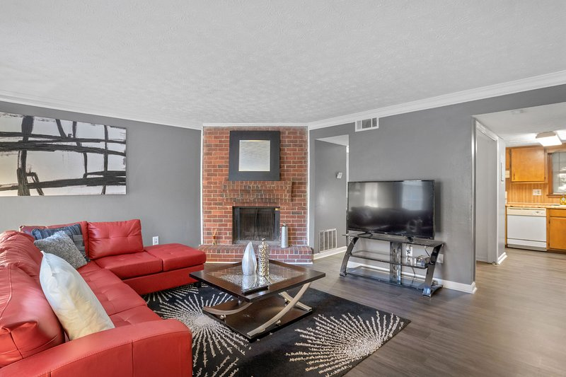 Beautiful GA Townhome.., holiday rental in Lawrenceville