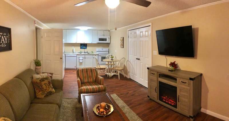 Adkisson Villa - Newly remodeled & convenient stay, holiday rental in Calhoun