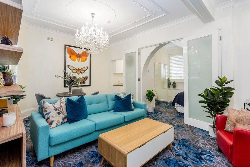 1BR Beautiful Art Deco Apt In Elizabeth Bay,Sydney, holiday rental in Double Bay