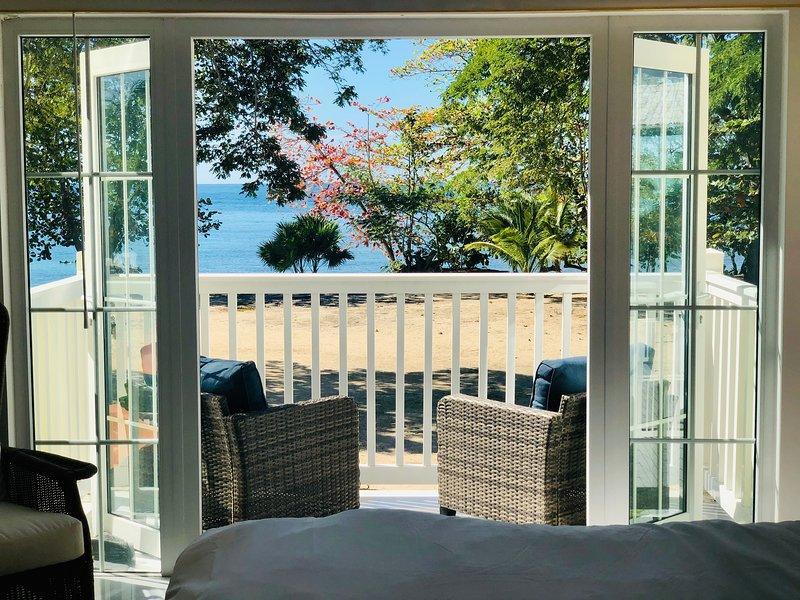 Jamaican All-Inclusive Beachfront Villa Has Cable ...