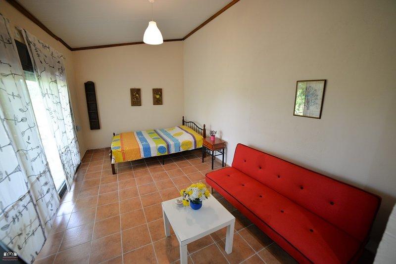 The Little House, Ferienwohnung in Velika