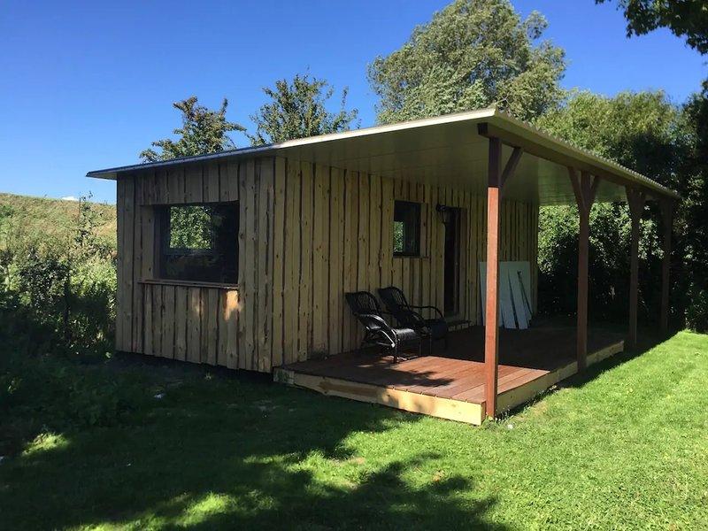 Tiny house: The gardenhouse near the Oosterschelde, holiday rental in Sint Maartensdijk