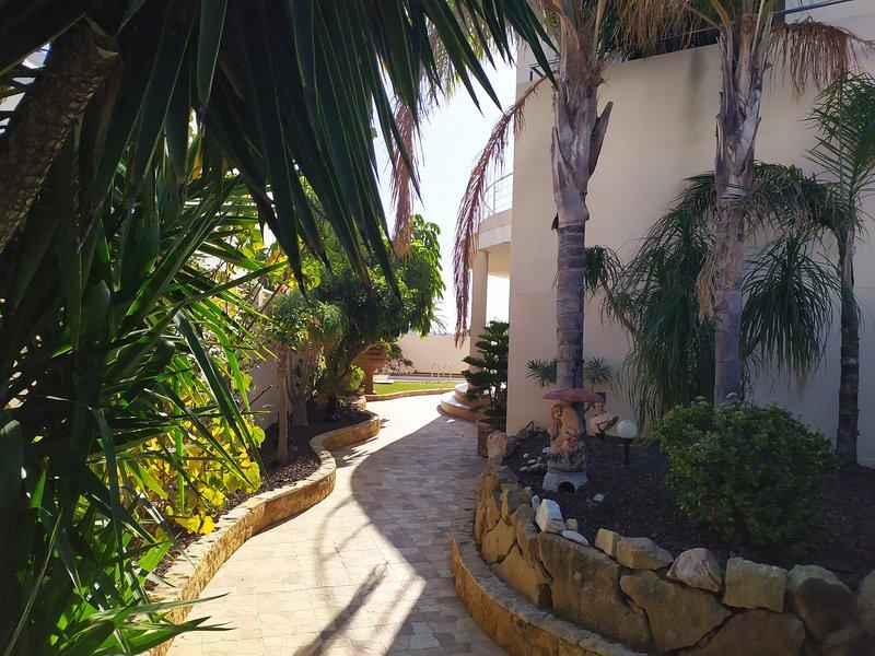 Preciosa villa de dos plantas muy cómoda para familias, amplia y co, vacation rental in Mojacar