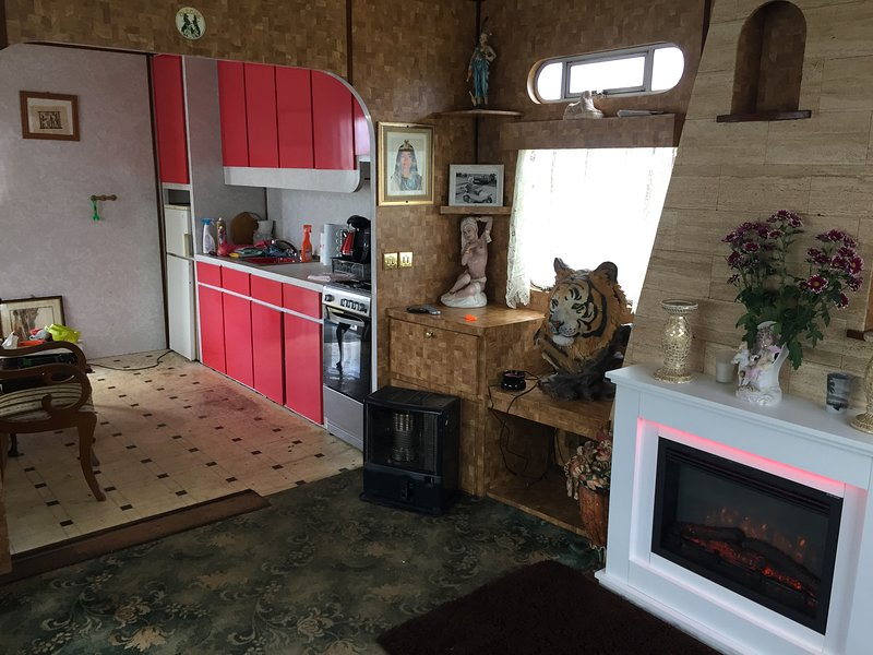 Circus mobile Home, run away with the Circus in this unique holiday, vacation rental in Maltby le Marsh