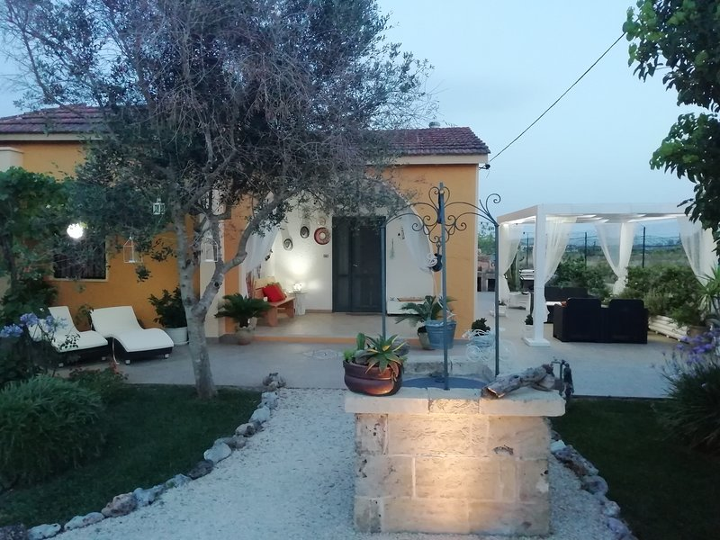 Beautiful house with garden & Wifi, vacation rental in Melissano