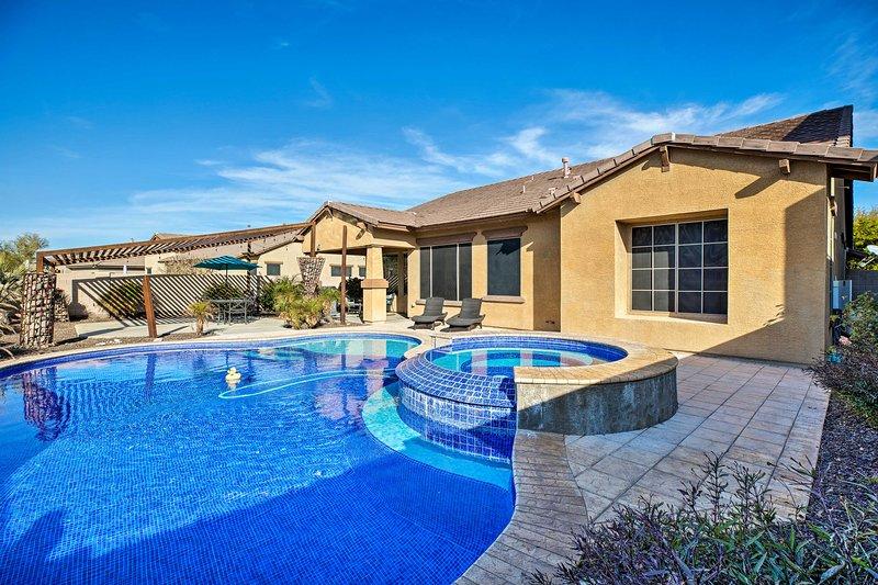 Estrella Mountain Ranch Getaway w/ Outdoor Oasis!, holiday rental in Buckeye