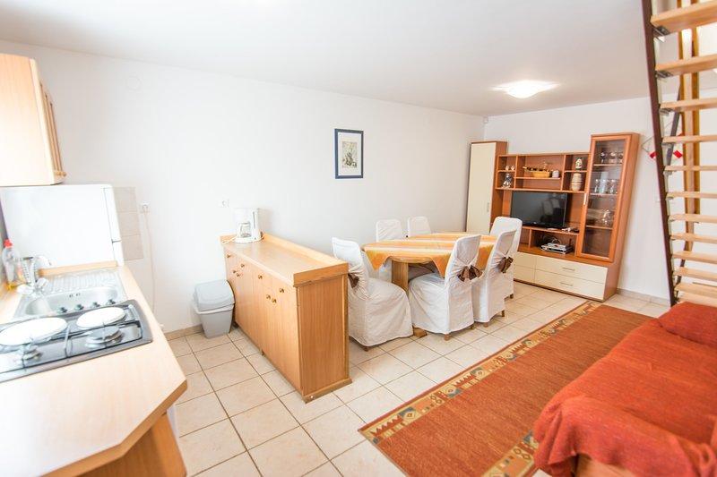 Flooring,Living Room,Indoors,Room,Floor