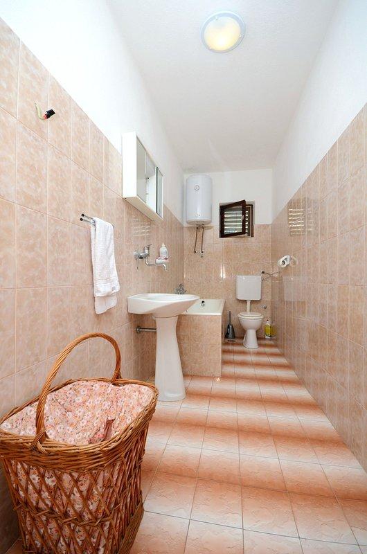 Flooring,Floor,Furniture,Indoors,Cradle