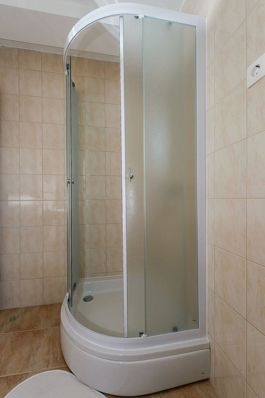 Indoors,Room,Bathroom,Tub,Bathtub