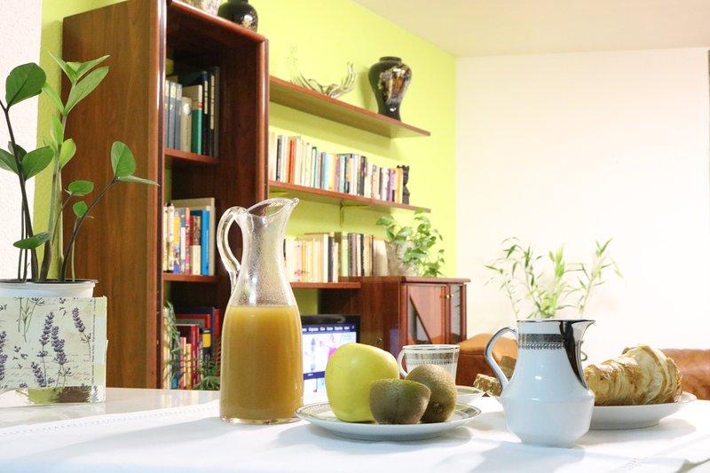 PLACENTINOS7 LUXURY HOME, holiday rental in Roscales de la Pena
