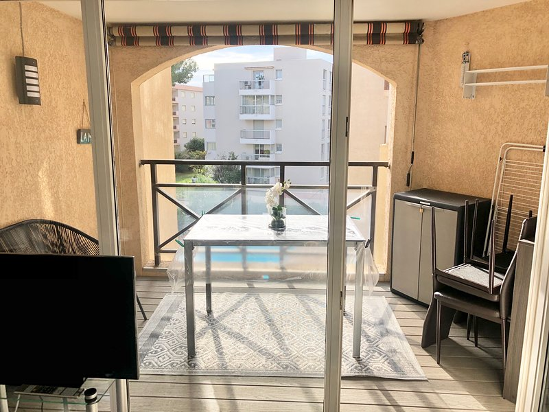 Appartement centre Ste Maxime, holiday rental in Sainte-Maxime