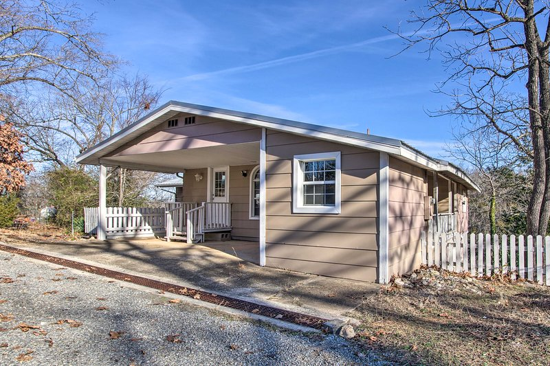 NEW! Fisherman-Friendly Bull Shoals Home on Lake!, vacation rental in Bull Shoals