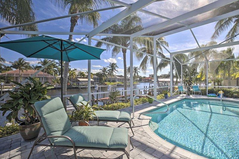 'Coral Sunrise' Waterfront Retreat w/Pool & Patio!, location de vacances à Iona