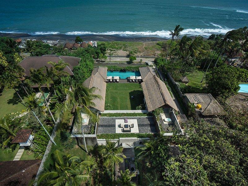 Seseh Beach Villa I - The villa and sea view