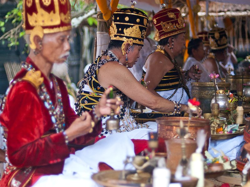 Seseh Beach Villas - Take part in local ceremonies