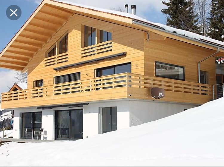 Wonderful sunny, spacious and luxurious apartment for 6 travellers, vacation rental in Lenk im Simmental