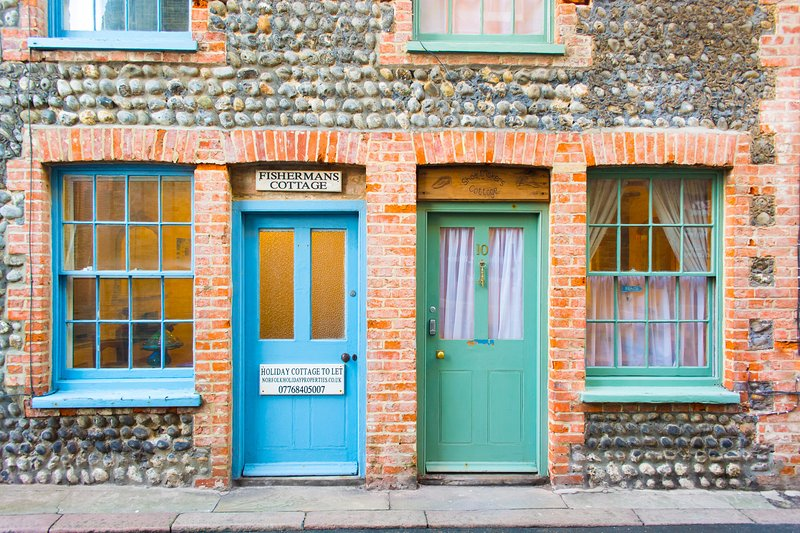 Shoemakers Cottage | Charming Town Centre Cottage 2-Minute Walk From The Beach – semesterbostad i East Runton