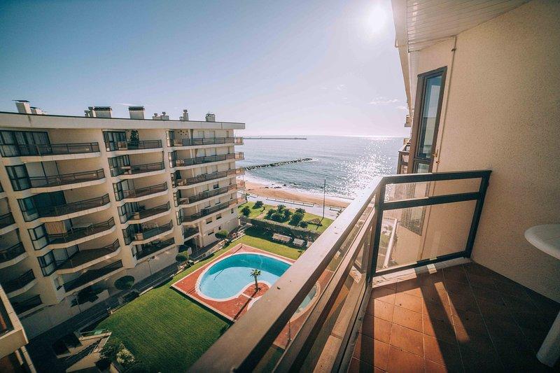 Apartamento a primera línea de mar con piscina, Costa Brava, location de vacances à Sant Antoni de Calonge