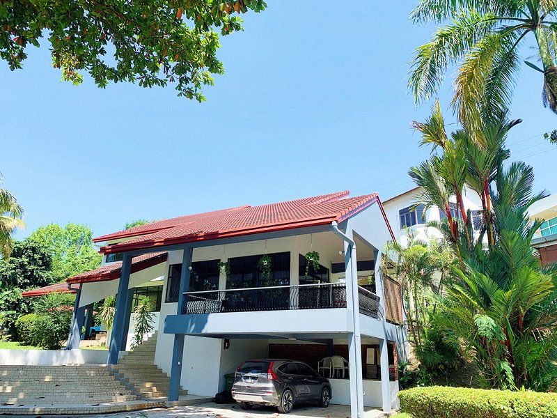 The Cosy Holiday Villa, holiday rental in Sabah
