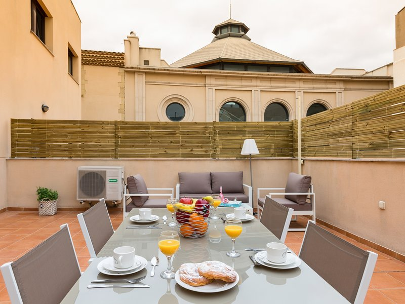 Near Barcelona and next to the beach, Matarolux8, vacation rental in Mataro