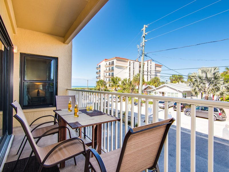 Villas of Clearwater Beach 2B Renovated - Steps to the beach UPDATED 2020 -  Tripadvisor - Clearwater Vacation Rental