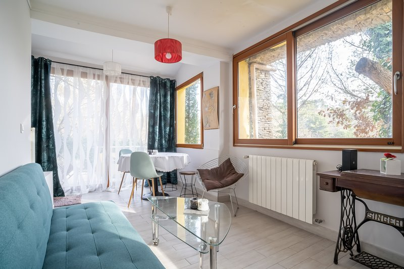 PROVENCE - Apt 2 ch tout équipé, vacation rental in Peynier