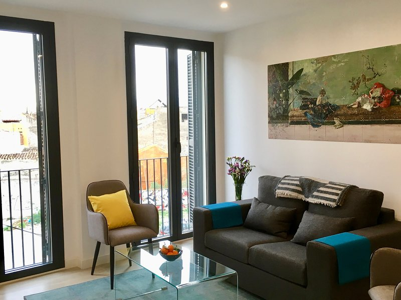 Calle Parras 10 A Light Spacious Flat In Malaga Centro Updated 2020 Tripadvisor Malaga Vacation Rental