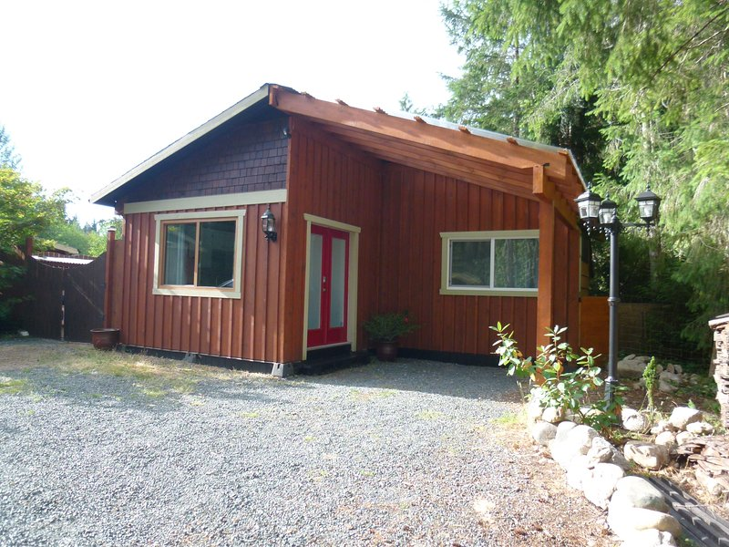 The Cedar Cottage, holiday rental in Errington