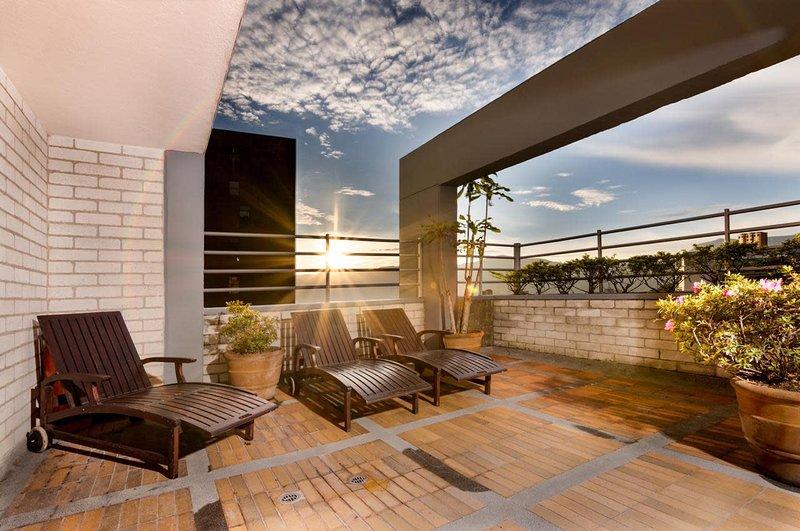 ✵2BR✵Big Terrace✵BBQ ✵Jacuzzi Building Rooftop✵, holiday rental in Santa Elena