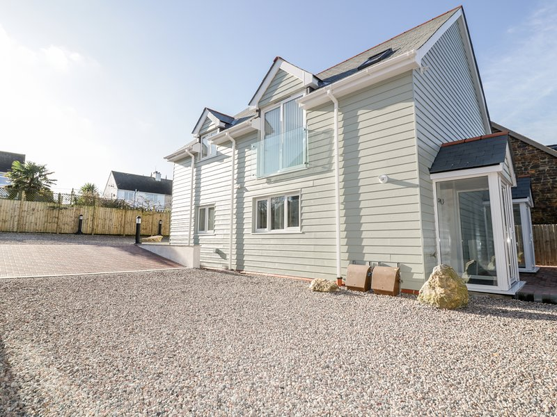 Pintail Apartment, Padstow, holiday rental in St Issey