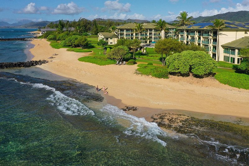 Waipouli Beach Resort A207, alquiler de vacaciones en Kapaa