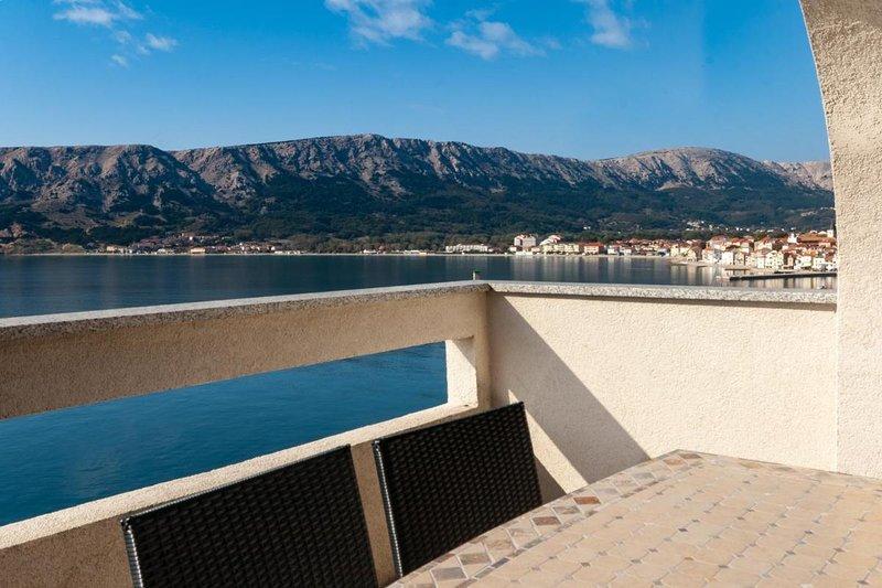 Apartment Lori Baska Island Krk Croatia, holiday rental in Jurandvor