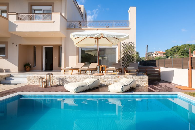 Villa Chrissiida, location de vacances à Petaloudes