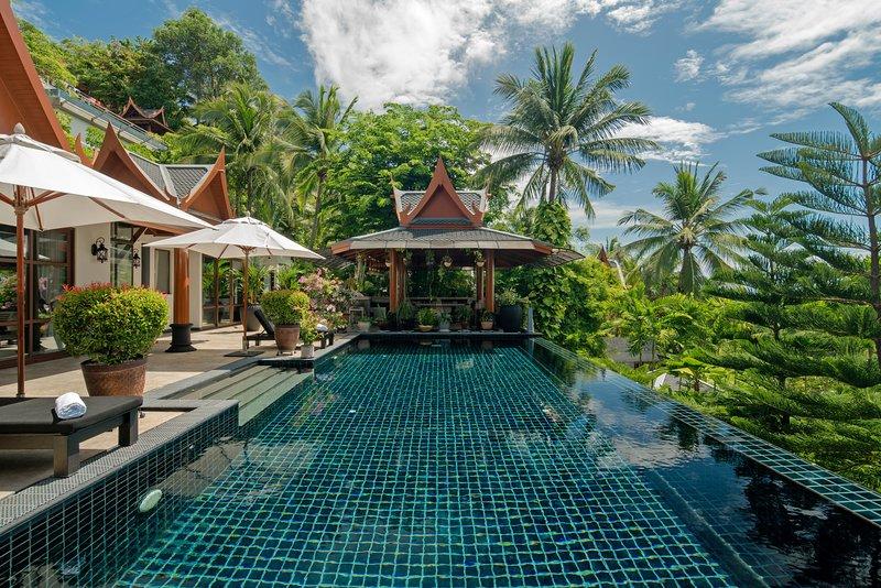 Ayara Hilltops 4BR Seaview Villa at Surin Beach, holiday rental in Cherngtalay