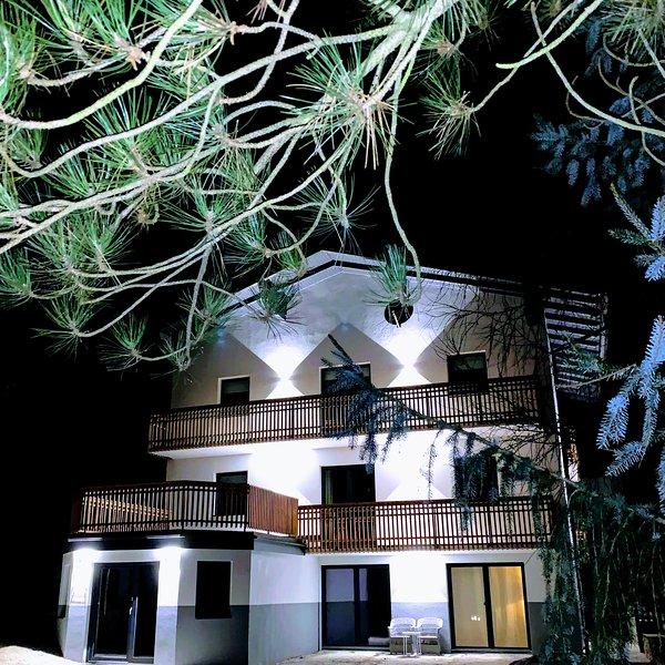 Lodge Rose's Heart; luxe vakantie appartementen, vacation rental in Bad Kleinkirchheim