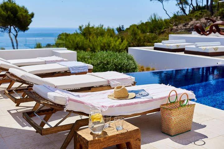 Villa Argo by The Pearls Collection, location de vacances à Roca Llisa