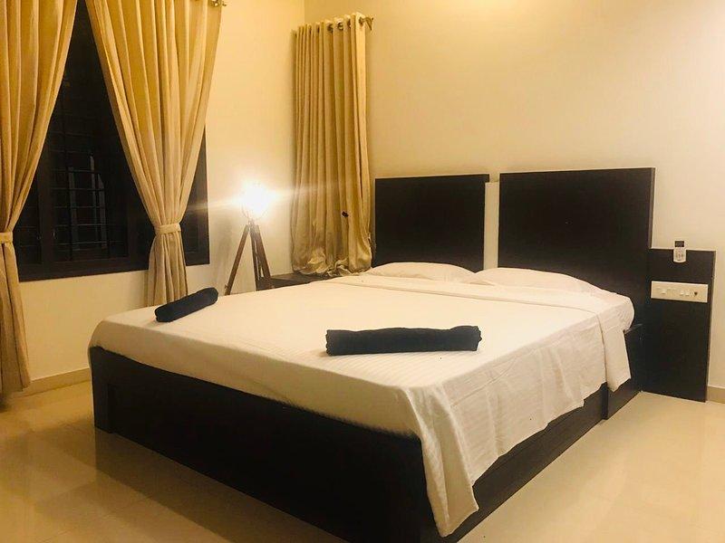 Wakeup to Sea View in a Luxurious 3 Bedroom Modern Villa, alquiler vacacional en Dakshina Kannada District