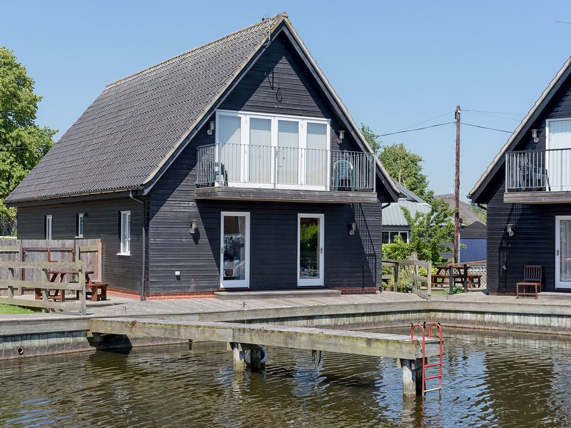 Puddle Inn Duck, holiday rental in Lingwood