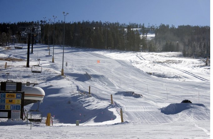 Grey Fox Condo at Granby Ranch~Ski-in/Ski-out!!, holiday rental in Hot Sulphur Springs