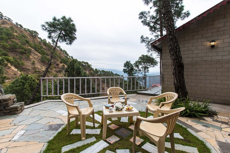 Destine Cottage by Vista Rooms, vacation rental in Solan District
