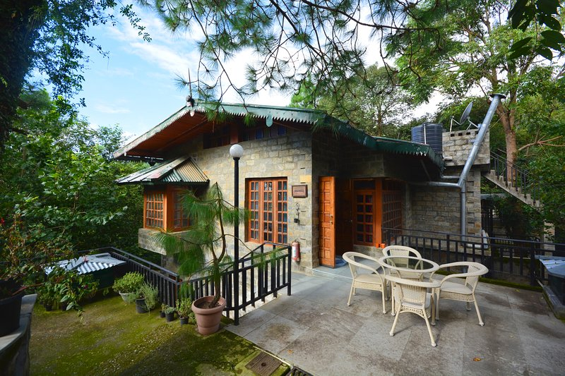 Seclude Wildside Majkhali, Ranikhet - Little Joe Cottage, vacation rental in Almora District