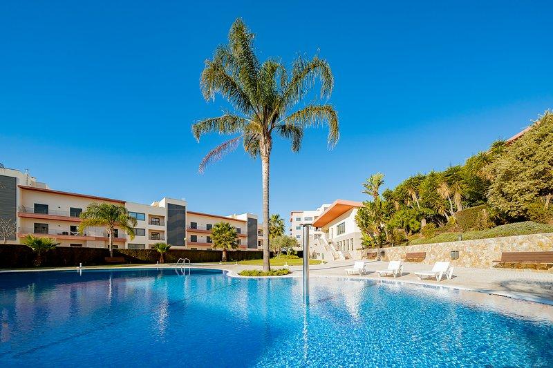 Encosta da Marina Apartment   Pool   Lagos   Algarve, holiday rental in Lagos