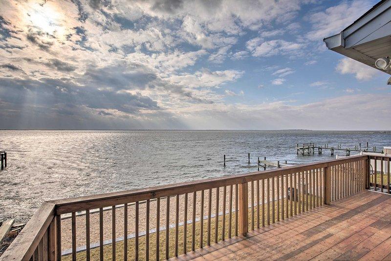 Este alquiler de vacaciones cuenta con impresionantes vistas de la bahía.