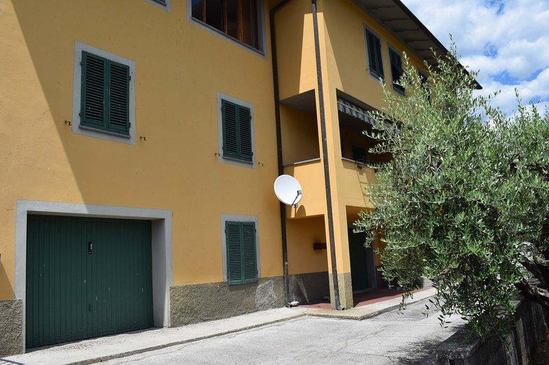Casa Daniela, Large Apartment in Bagni di Lucca Fornoli, Toscana, Ferienwohnung in Lugliano